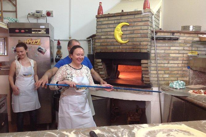 Half-Day Pizza Making Class in Taormina, Taormina, ITALIA
