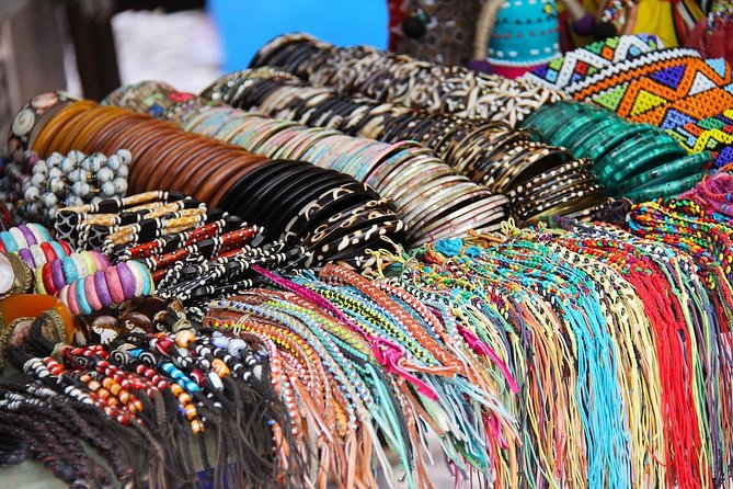 """Joburg shopping spree!<br><br>""""It's an add to cart, kinda day""""<br><br>A shopaholic's dream. <br><br>Take a break from all the classic sites and enjoy spending time at some of the local's favorite shops and hotspots.<br><br>Let us take you to some South African markets or malls to get that souvenir you have been looking for…<br><br>Before we go give us whats on your shopping list so we can make a customised tour that will suit your needs.<br><br>Enjoy!"""