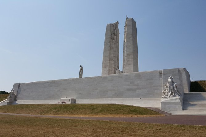 Private Vimy and Belgium Canadian Battlefield Tour from Bruges, Brujas, BELGICA