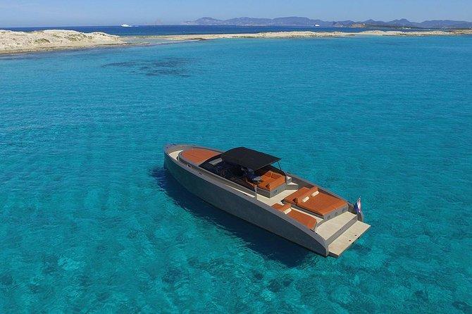 Vanquish VQ43 - The Wolf, Ibiza, ESPAÑA