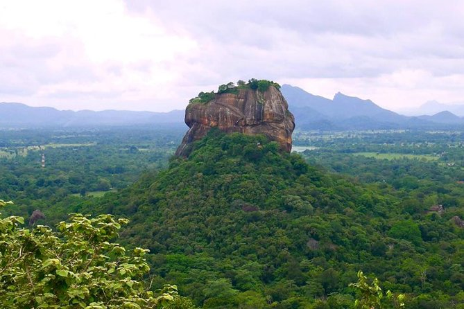 Private Sigiriya and Dambulla Day Tour<br><br>Sigiriya, an ancient palace, was once nominated as the 8th wonder of the world. Today, Sigiriya and Dambulla are a UNESCO recognized heritage site and a major tourist attraction. with Go Local Village tour for a walk, a bullock cart ride, Catamaran ride and join the women to prepare and eat a delicious lunch.<br> • Sigiriya Lion's Rock <br> • Village Tour in Sigiriya <br> • Dambulla Cave &Golden Rock Temple