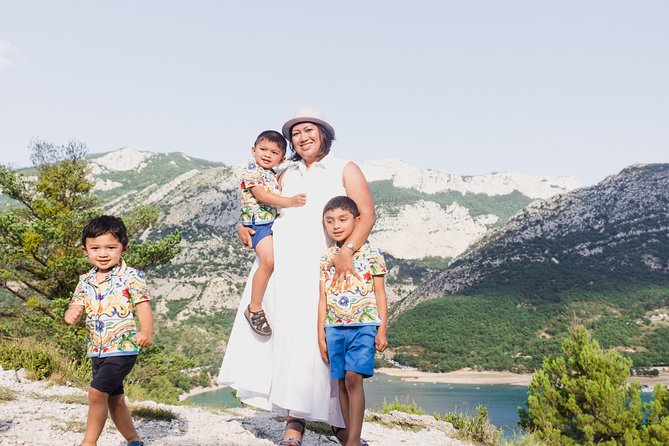 60 Minute Private Vacation Photography Session with Photographer in Provence, Marsella, FRANCIA