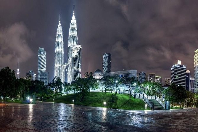 Avoid standing in a long queue. Take this tickets from here for hassle free visit to Petronas Twin Tower. One of most glorious Landmark in Malaysia.