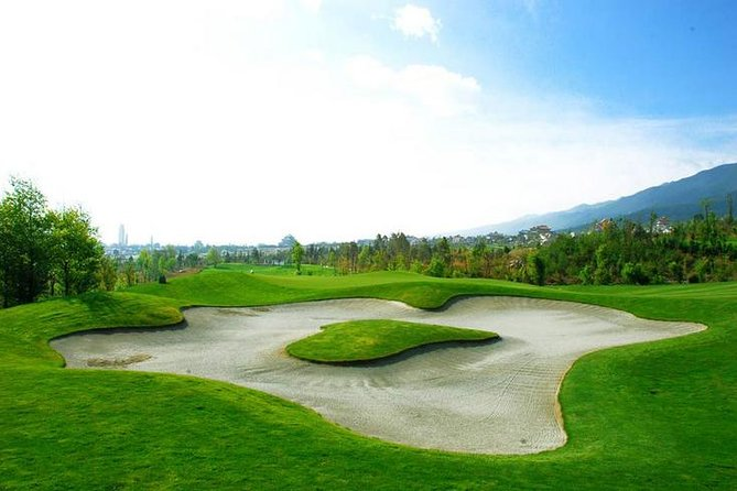 Dali Stone Mountain Golf Club is a good course with excellent conditions, interesting layout and perfect views.After the golf,you will relax yourselves at Dali Ancient Town accompanied by our tour guide and driver. You will really impressed by the golf course and sightseeing we arrange for you here.Private vehicle,private English-speaking tour guide,entrance fee are included in the one day trip.