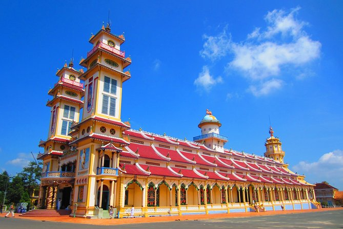 Full-Day Small-Group Tour of Cu Chi Tunnels and Cao Dai Temple, Ho Chi Minh, VIETNAM