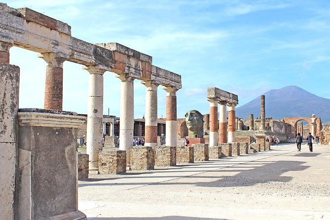 Fast Access Exclusive Private Ancient Pompeii Half Day Tour with Local Guide, Pompeya, Itália