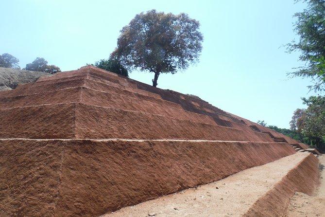 Excursión de cultura y arqueología en Xihuacán, Ixtapa, MEXICO