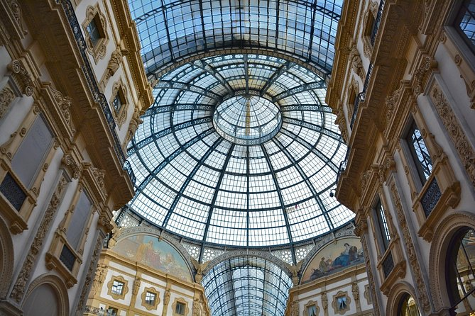 Skip the Line: Express Milan Duomo and Rooftop Small-Group Tour, Milan, ITALIA