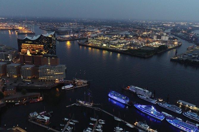 Entdecke Hamburg aus der Luft: 360 Grad Sightseeing Flug, Hamburgo, ALEMANIA
