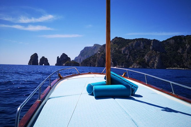 The 2 hours tour of the island with a typical boat and local multilingual speaking sailor will take you to visit the famous blu grotto and the lesser known sea grottoes. You will have time to swim and if you prefer you can have a picnic on board at your choice.