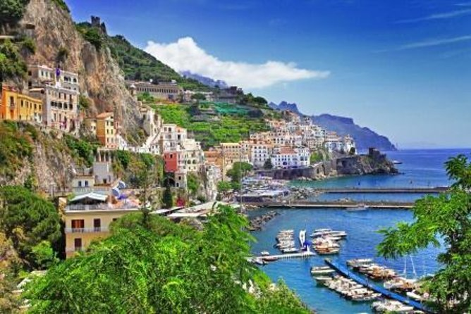 Explore the famous Amalfi Coast with your own driver to chauffeur you from town to town on this private full-day excursion from Sorrento. You'll discover Positano, Amalfi and Ravello, three of the most beautiful villages in the south of Italy. A private visit to the Amalfi Coast is the perfect choice if you want to get a real taste of southern Italy and its exquisite coastal landscapes.