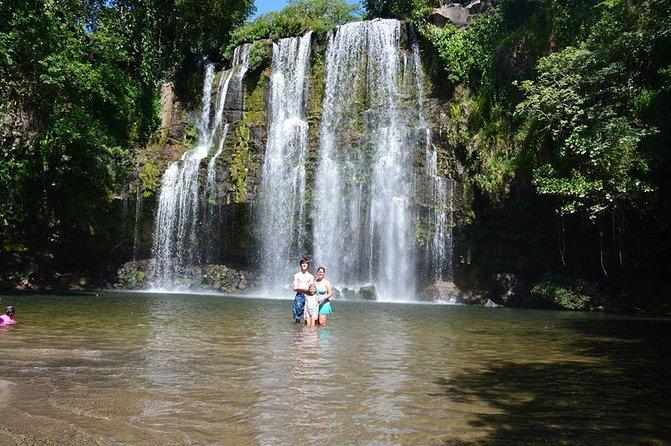 Cráter y cascadas de Miravalles desde Tamarindo, Playa Flamingo, COSTA RICA