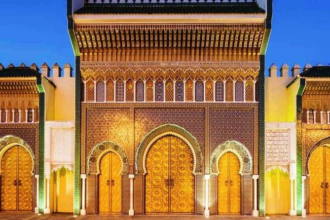 VisitFEZ while you're in Casablanca, and discover the historic sights and glittering ancient and modern landmarks of Fes City.Take a step back to the Middle Ages in the city, engage your imagination, soak up the extravagant sights and the hidden delights.<br><br>Feast your senses on the sights and sounds that the intellectual and artistic Moroccan metropolis has to offer. Winding alleys that can hardly be unraveled, movement, noise, shouting, smell of tanned leather, delicate aroma of oriental perfumes, barbecues, sweet pastry - all this is the imperial city of Fez. Visit the old medieval Medina with its narrow streets: the Bouanania and the Attarine medersas, the Nejjarine fountain. see the world's oldest continuously functioning university.