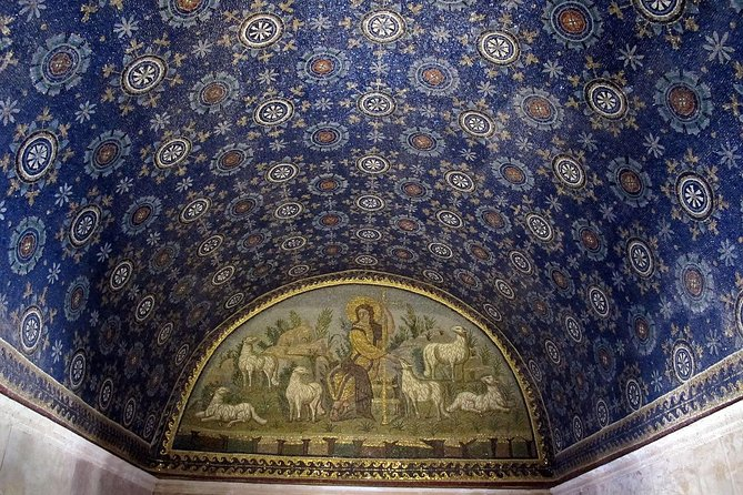 Discovering Ravenna and its mosaics: 3h00 hours walking tour, Ravenna, ITALY