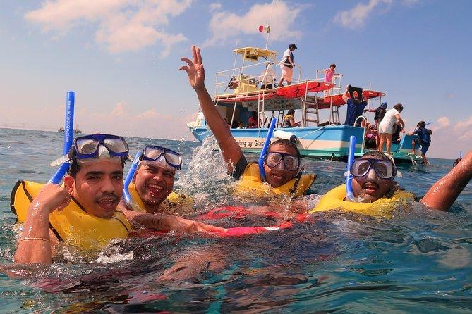 MÁS FOTOS, Cozumel Esnórquel en Arrecifes de Coral abordo de Barco con fondo de Cristal y Guía