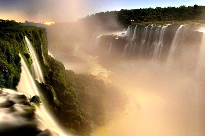Come visit one of the Seven Natural Wonders of the World, the Iguazú Falls. See natural beauty with this system of waterfalls that spread between Argentina and Brazil. During this 8-hour guided tour you will visit the park on the Argentinian side, walking its two main circuits of trails and platforms.