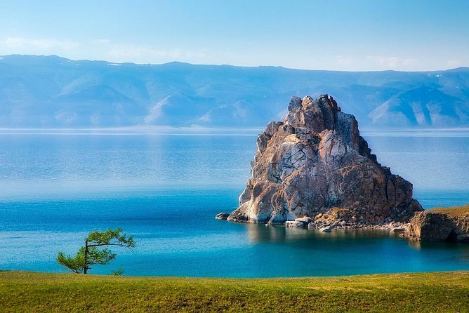 One day Irkutsk city tour and excursion to Lake Baikal includes the most interesting sites and provides a good piece of information about local history, culture, traditions and nature. Apart from Irkutsk city tour you will visit famous Listvyanka village - a popular place for Baikal explorers, will be able to get the best view of Baikal Lake from the observation point, as well as explore the collection of the local Museums.<br><br>• Guaranteed skip-the-line entrance