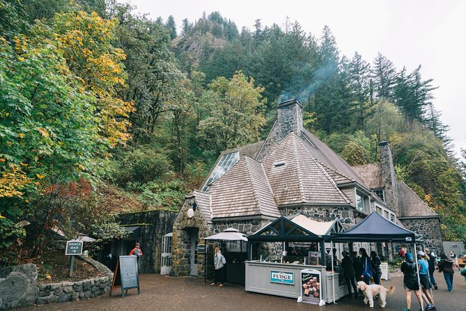 Full Day Columbia River Gorge Waterfalls and Wine Tasting Combo, Portland, OR, ESTADOS UNIDOS