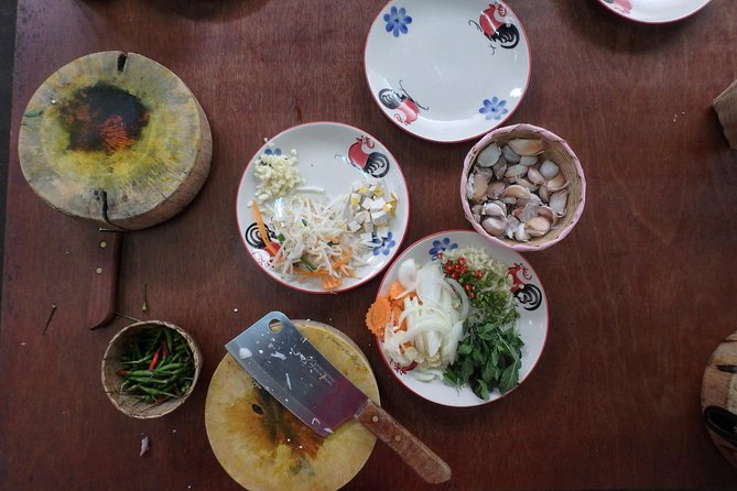 Private Chinese Dimsum&Yunnan Ethnic Cuisine Cooking class with Wet Market visit, Kunming, CHINA