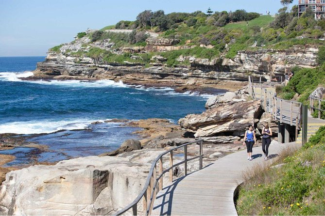 See the absolute best of Sydney in a day, with this full-day private Sydney city tour with a professional tour guide in a modern and comfortable spacious 8-seater van. With hotel pick-up, free WiFi, cold bottled water and private van and tour guide included, this is one of the best value Sydney sightseeing tour you're likely to find.