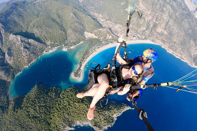 Tandem Paragliding Over The Blue Lagoon in Fethiye, Fethiye, TURQUIA