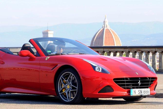 Test drive em Ferrari em Florença, Florencia, Itália