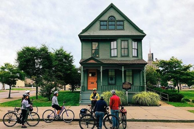 History Ride: The Best of Buffalo by Bike, Buffalo, NY, ESTADOS UNIDOS