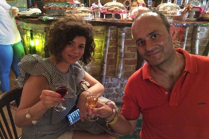 Recorrido de la historia comunista de Tirana y comida callejera, Tirana, ALBANIA