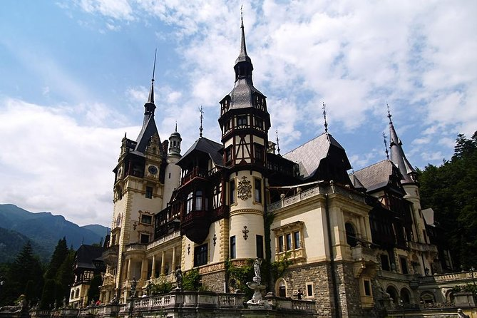 TOUR( UP TO 7 PEOPLE ) <br><br>Enjoy the splendid landscape of Prahova Valley with our air conditioned minivan citroen jumpy 2016 and find out more about the legends and myths about two of the most popular castles in Romania.Discover the 19th- century Peles castle one of the most well pereserved european royal palaces in Europe, that was used as a summer residence by the royal family.Learn more about the magnificent Bran castle and discover Dracula's legend! <br><br>Also visit with us the medieval town of Brasov situated in the heart of the Charpatians! <br><br>Our guide and driver Alex will make sure you have an amazing day ! <br><br>Let's have fun together and take this trip to remember!