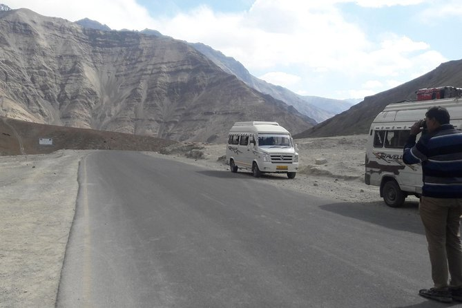 Kashmir with Ladakh Tours<br><br>Duration : 07 Nights / 08 Days <br><br>Destination : Srinagar - Zozila Pass - Drass - Kargil - Lamayuru - Sangam - Magnetic- Leh - Nubra - Hunder - Pangong - Hemis - Thiksey - Leh<br><br>Srinagar Sightseeing : Mughal Garden, Pari Mahal, Shankra Chariya Temple, Shikara Ride on Dal Lake<br><br>Srinagar Kargil on the Way : Fotu La Top, Zozila Pass, Drass war memorial Hall<br><br>Kargil to Leh on the Way : Lamayuru Monastery, Ulletokopo,Indus and Zanskar Rivers, Magnetic Hills, Gurudwara Pathar Shahib, Hall of Fame.<br><br>Leh : Shanti Stupa, Leh Palace, Hemis Monastery, Thiksay Monastery, Stok Palace, 3 Idiots School<br><br>Leh - Nubra Valley : Khardungla Top, Diskit Monastery, Camel Safari in Hunder<br><br>Nubra - Pangong Lake road Trip, Pangong to Leh via Changla Pass