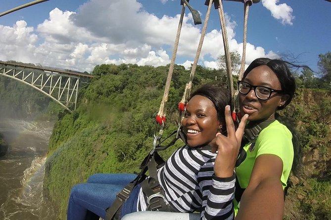 Bungee Jump, Bridge Swing or Zipline from the Victoria Falls Bridge, Cataratas Victoria, ZIMBABUE