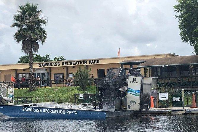 Florida Everglades Night Airboat Tour near Fort Lauderdale, Fort Lauderdale, FL, ESTADOS UNIDOS