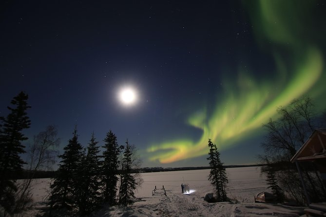 This Package will include a complete 3 Days 2 Nights Travel in Yellowknife, Northwest Territories. For your peace of mind we have included everything you need in your Package except meals & Othe Activities. Please see below for the inclusions in your package and give us a chance to serve you. <br> • Pictures <br> • Yellowknife City Tour 3.5 Hours <br> • Aboriginal Aurora Viewing 3.5 Hours <br> • Aurora By Bus (Aurora Viewing) 3.5 Hours <br> • 2 Nights Accommodation in 3.5 Star Hotel In Yellowknife <br> • Airport Transfer