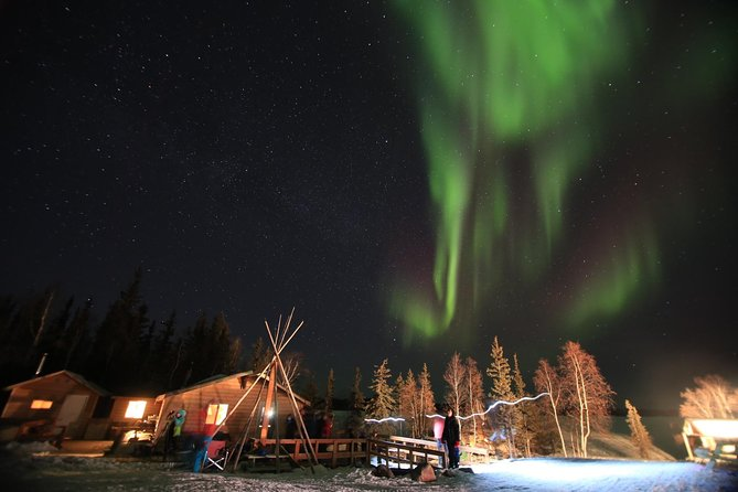 Yellowknife Northern Lights Tour Winter 4 Days 3 Nights Budget, Yellowknife, CANADA
