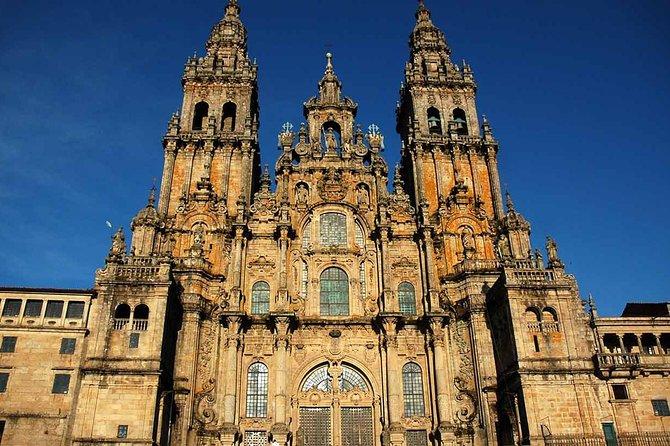 Santiago de Compostela and Viana do Castelo Small-Group Day Trip from Porto, Braga, PORTUGAL