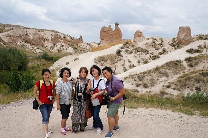 2-Day Cappadocia Tour from Kayseriwith Cappadocia Hotel (Cave Room)<br><br>Cappadocia in 2 days tour which includes 2 transfers from Sultanahmet Hotels in Istanbul, 2 flight tickets, 2 Airport shuttle transfers in Cappadocia, 2 full day tours and 1 night Cave Hotel B&B, these 2 tours will ensure you make the most out of your 2 days by seeing the best sites in Cappadocia.