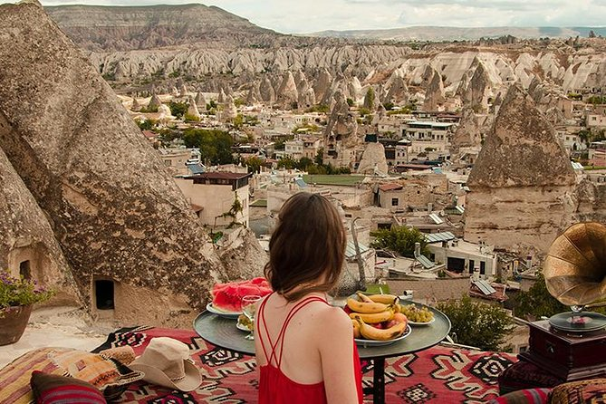 Cappadocia which is unique in the world and is a miraculous nature wonder is the common name of the field covered by the provinces ofAksaray, Nevsehir,Nigde, Kayseri and Kirsehir in theCentral Anatolianregion.During this tour uncover the must see Göreme open air museum,underground city,best fairychimneys in the world and many other place in cappadocia.