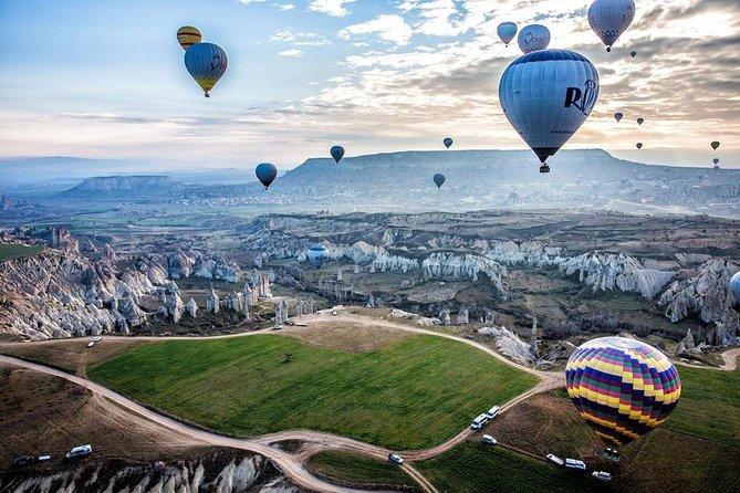 Excursão de dois dias pela Capadócia com passeio de balão de ar quente opcional, Istambul, TURQUIA