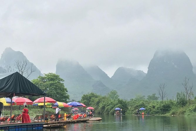 Yangshuo is a picturesque countryside located in Guilin. This 2-day trip will let you take round-way bullet train from Shenzhen to explore Yangshuo by riding bike, hiking on the Xiang Gong Hill and cruising on the Li River.