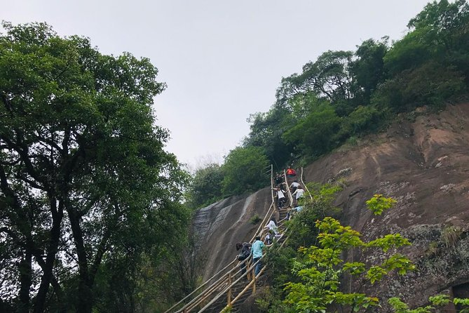 MÁS FOTOS, 2-Day Danxia Mountain & Nanhua Temple Private Tour From Shenzhen By Bullet Train