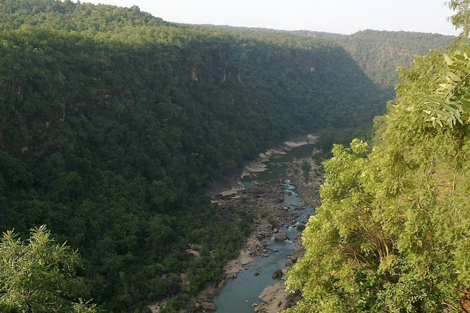 This most popular hill station of Madhya Pradesh is a treasure with ancient caves of both Hindu & Buddhism residing in harmony with serene waterfalls. Situated at 1100 m, Pachmarhi, popularly known as 'Satpura ki Rani' (Queen of Satpura), sits beautifully, embellished by nature and history, amidst the Satpura range. This beautiful region in the hills, was discovered by Captain James Forsyth in 1857. Pachmarhi is sure to make you feel calm, the way you felt when you put your bare feet on the garden grass for the first time, as a child.