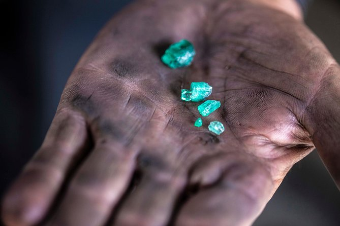 Emerald Mining in Colombia Photography Tour, Medellín, Colômbia