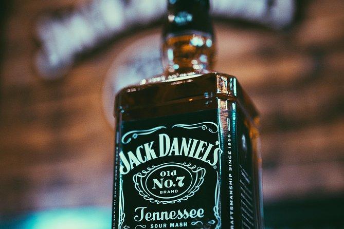 Nashville to Jack Daniel's Distillery with Lunch at Miss Mary Bobo's, Nashville, TE, ESTADOS UNIDOS