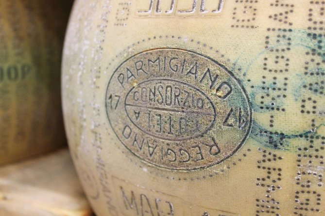 Enjoy a Private Parmigiano Reggiano Cheese Tour & Tasting with a Local in Parma, Parma, ITALIA