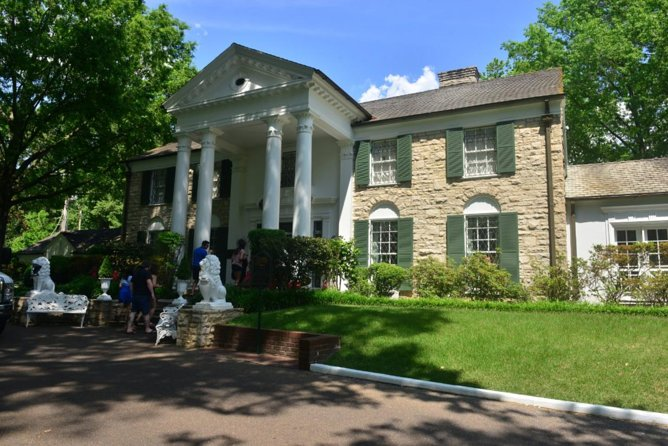 Nashville to Memphis Daytrip with Skip-The-Line Graceland VIP Tour & Sun Studio, Nashville, TE, ESTADOS UNIDOS
