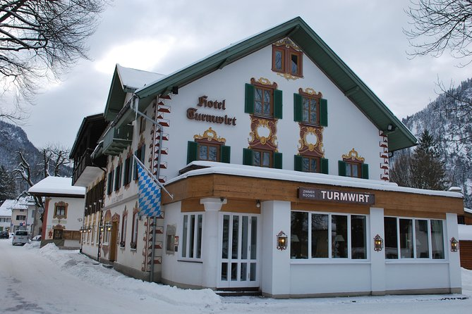 5-Night in Oberammergau including Cable car ride to the Laber Mountain during Christmas or New Year, Garmisch Partenkirchen, Alemanha