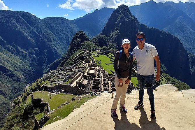 Private Tourism Guide to explore Machupicchu, Machu Picchu, PERU