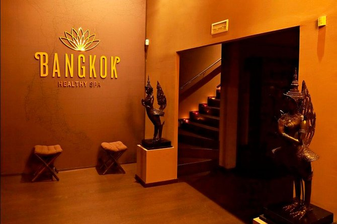 Welcome to Bangkok Healthy Spa massages Barcelona, a new concept of Urban Spa. Specialised in Health Treatments and beauty by Traditional Thai Massage.<br><br>Our treatments are from 60 minutes until 4 hours.<br><br>All the therapists of Bangkok Healthy Spa are graduate in the bests Schools about massage in Thailand. They are experts in give to each person one personalized treatment of health and beauty .<br><br>We have a part of Spa that includes Jacuzzi and Sauna that you can do in a pack with massage or more treatments.