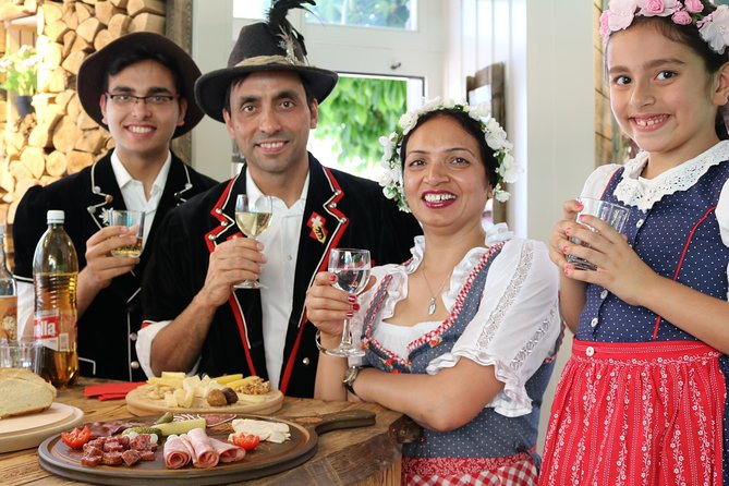 Swiss Happening - fun and authentic Swiss food, drink & photo experience, Interlaken, Suíça