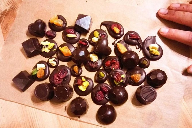 Learn how to make delectable Belgian chocolates from scratch in a fun 2.5-hour workshop. You'll craft at least 30+ chocolates yourself, including pralines and mendiants (chocolate discs studded with dried fruits), which you can either take home or eat on the spot with an amazing hot chocolate!